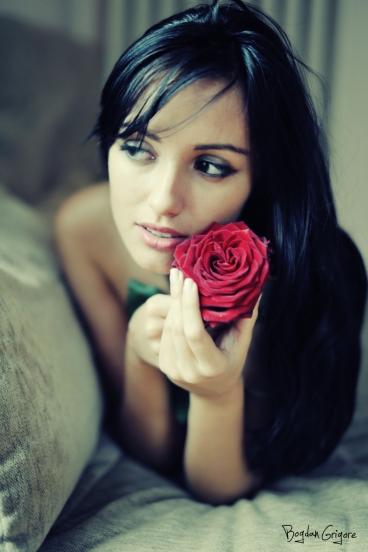 Bogdan Grigore- Fotograf portrete - Trandafirul ( The rose)