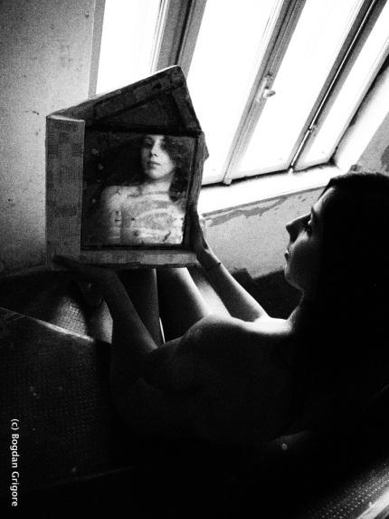 nuduri artistice - explorarea feminitatii