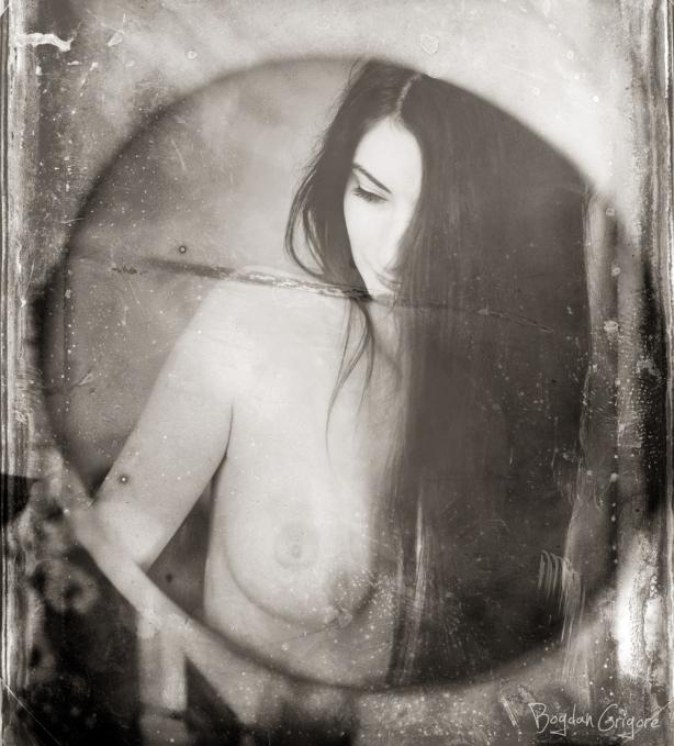 Bogdan Grigore - Artistic Nudes - Vulnerable