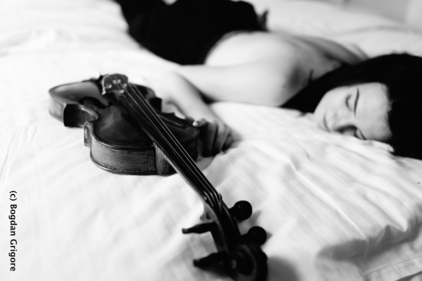 Bogdan Grigore nuduri artistice - vioara1