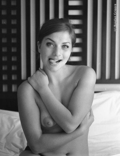 Bogdan Grigore - nuduri artistice - playful nude
