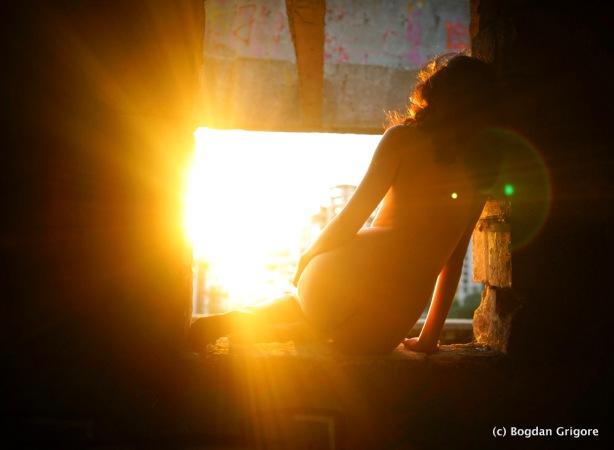 Bogdan Grigore- Nuduri artistice - Viata mea se ilumineaza
