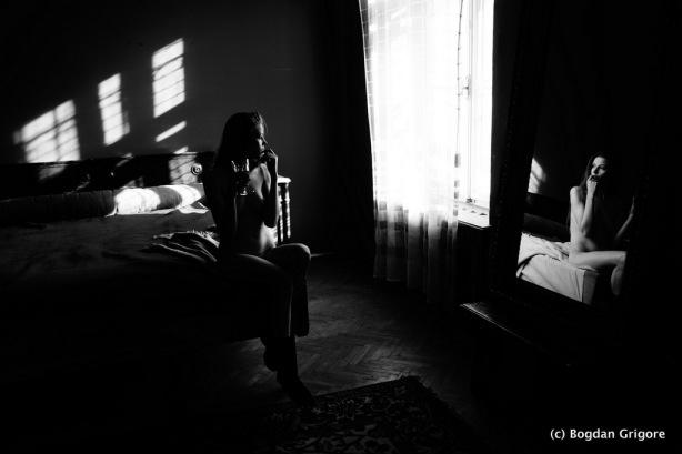 Bogdan Grigore - Nuduri artistice - Frumusetea mea imi face rau