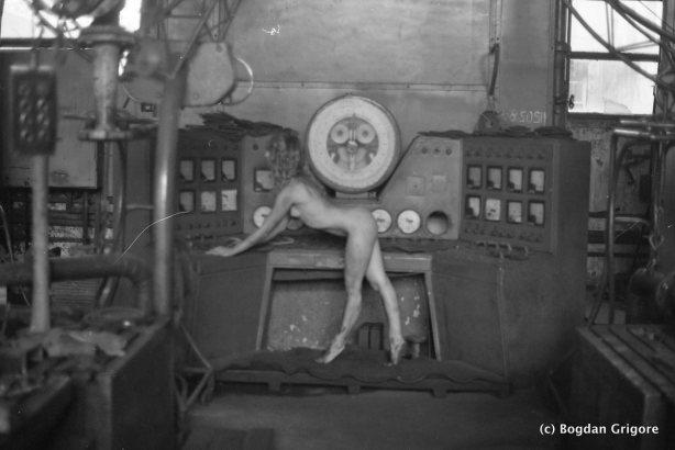 bogdan-grigore-nuduri-artistice-fabrica-parasita41